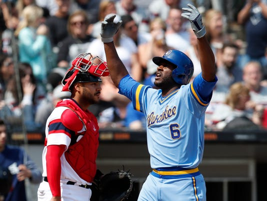 636635566476403745-AP-Brewers-White-Sox-Baseball.1.jpg