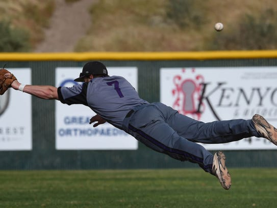 Spanish Springs' Nate Guidara dives for a Damonte hit