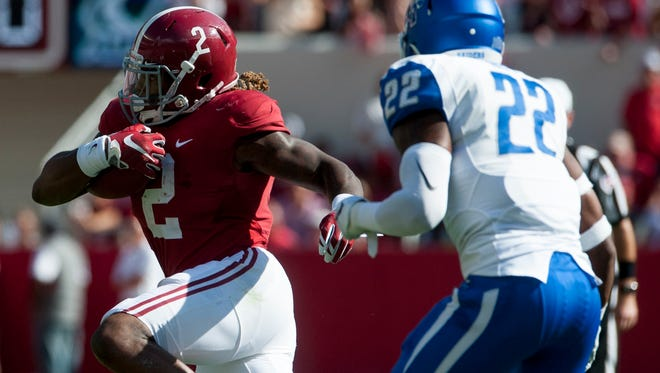 Alabama running back Derrick Henry (2)  has six touchdowns in two games for No. 2-ranked Alabama this season.