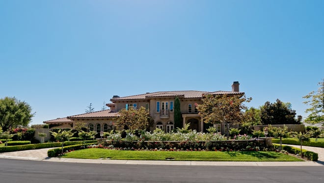 The home at 3262 Calle de Marejada in Camarillo is a stunning Tuscan-style estate situated on more than one acre of beautifully landscaped property.