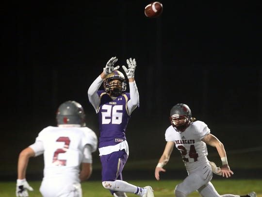 North Kitsap's Kai Warren makes a touchdown catch against