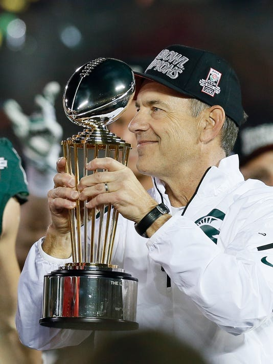 MNCO 0729 Zanesville's Dantonio how the hunted at MSU.jpg