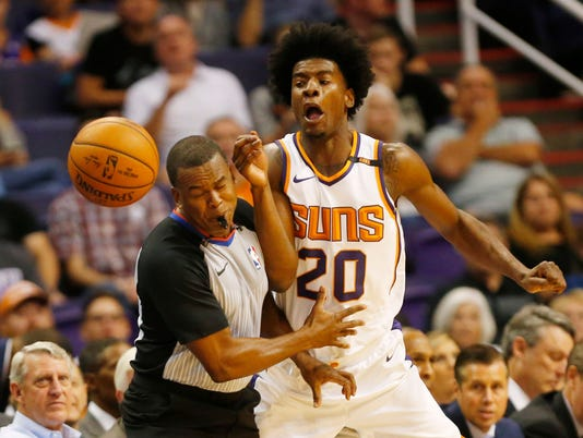 636483550813517298-636481521871705193-Kings-vs-Suns-12.jpg