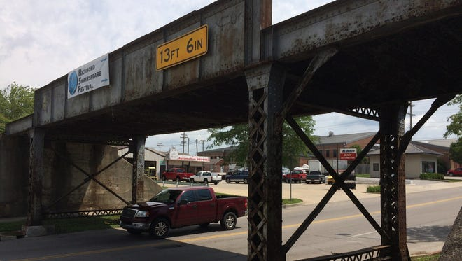Work on a railroad trestle will close East Main Street from July 10 through July 14.