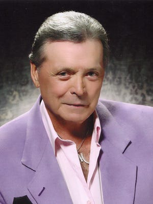 Mickey Gilley will perform at the Lincoln County Cowboy Symposium Saturday evening.