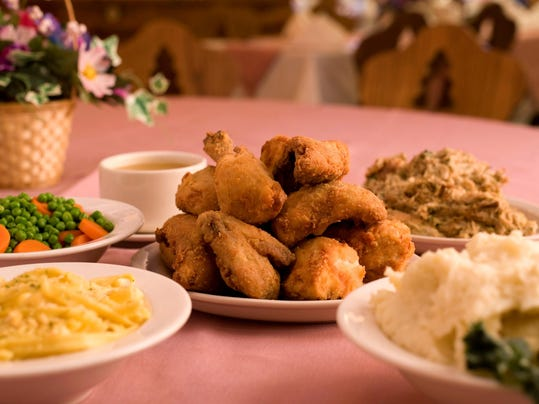 family_style_chicken_dinner