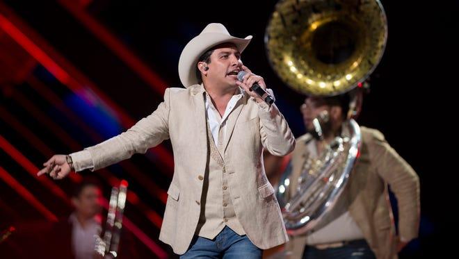 Julión Álvarez y su norteño banda surge gracias a German y Paty Chavez.