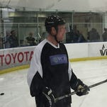Remarkable recovery of Brian Propp from stroke not lost on Flyers