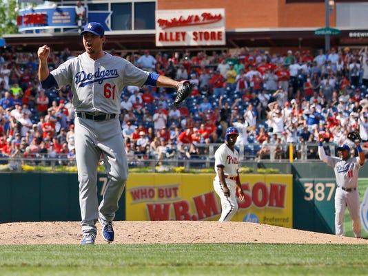 APTOPIX Dodgers Phill_Schu.jpg