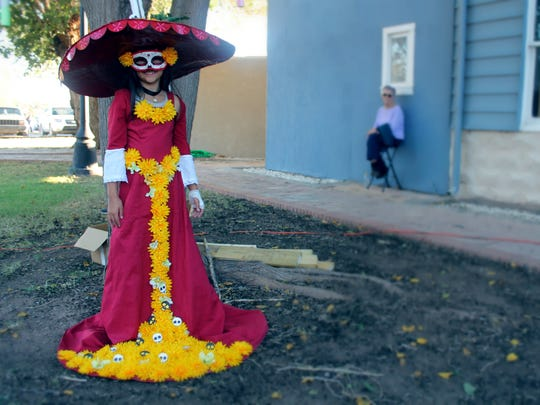 Día de los Muertos, or Day of the Dead, is a Mexican holiday celebrated throughout Mexico which focuses on family and friends honoring their loved ones who have died.