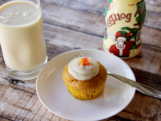 Shamrock Farms Pumpkin Eggnog Cupcakes