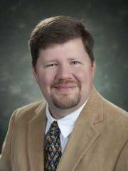 Dr. Christopher Raab,
