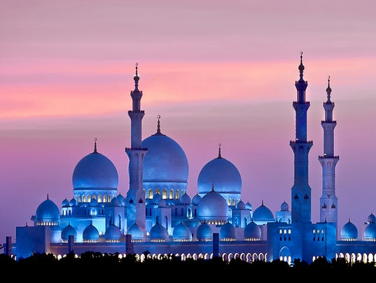 636506791259505535-abudhabi2-Sheikh-Zayed-Grand-Mosque-in-Abu-Dhabi-at-night--rs.jpg