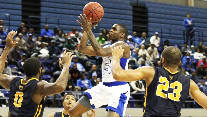 Tennessee State's Keron DeShields goes up for a shot against Murray State on Saturday.