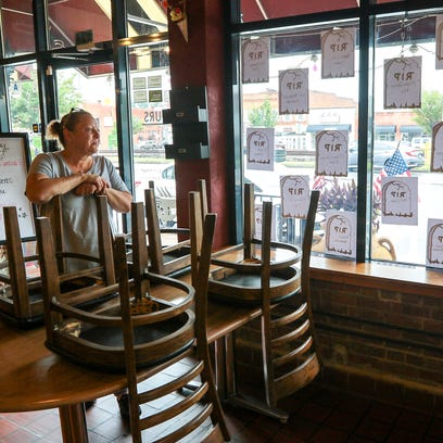 Tax beef forces Easley eatery to shut down