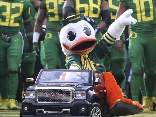 AP STANFORD OREGON FOOTBALL S FBC T25 USA OR - The Oregon Duck Crushed Washington's Harry The Husky In Twitter Battle