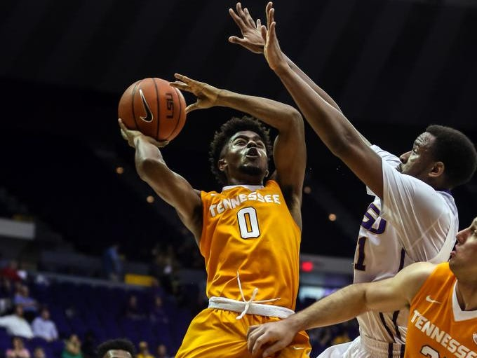 Tennessee's Jordan Bone shoots over LSU's Aaron Epps on Thursday in Baton Rouge, La.