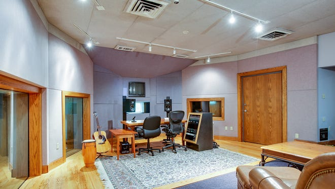 The free-standing recording studio was designed by the Russ Berger Group. It is still in commercial use.