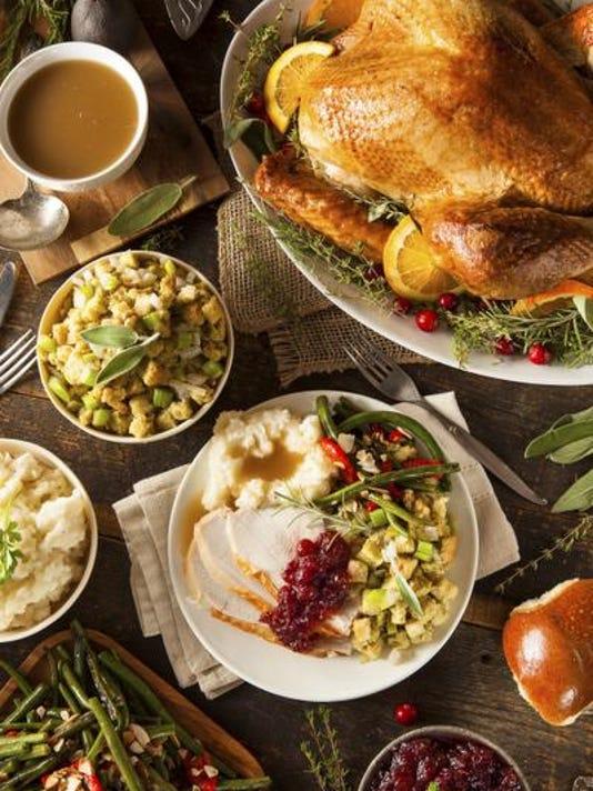 636147169860809613-Thanksgiving-meal.jpg