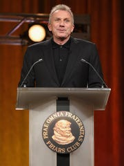 Former NFL player Joe Montana speaks at the Friars Club Roast of Terry Bradshaw during the ESPN Super Bowl Roast in Arizona in 2015.