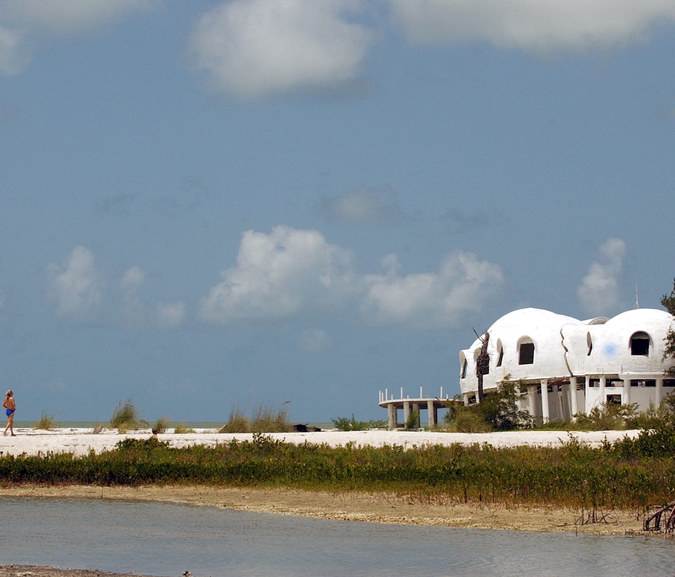 Dome Home Florida: These Otherworldly Domes Used To Be A Beach Home