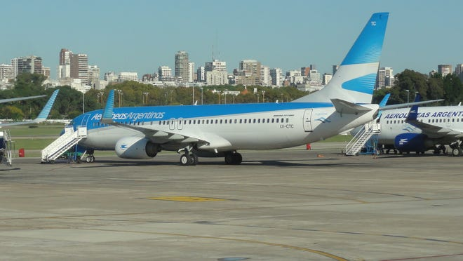 An Aerolineas Argentinas Boeing 737 is seen at the downtown airport in Buenos Aires on April 15, 2012.