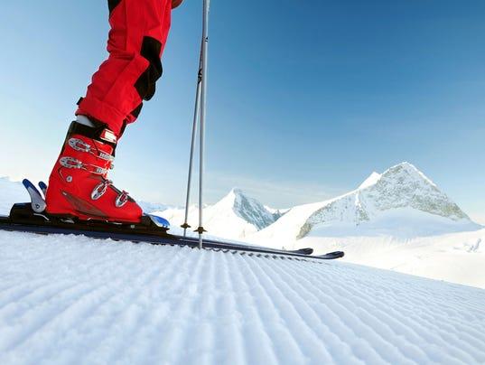 635498788640980008-skiing