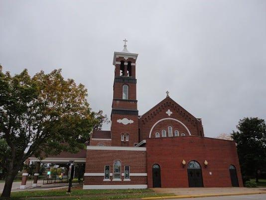 636171484609344160-Sacred-Heart-Parish.jpg