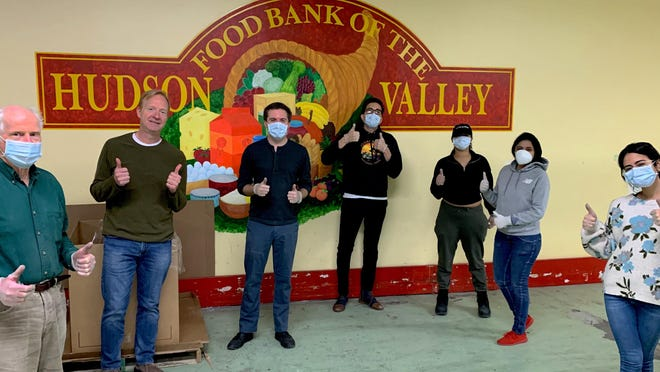 Senator James Skoufis (D-Hudson Valley) and his team volunteered during the March 27 morning shift at the Hudson Valley Food Bank.