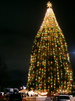 The City of Keizer Holiday Tree Lighting on Dec. 6, 2016. The tree is located at the corner of Cherry Avenue and River Road.