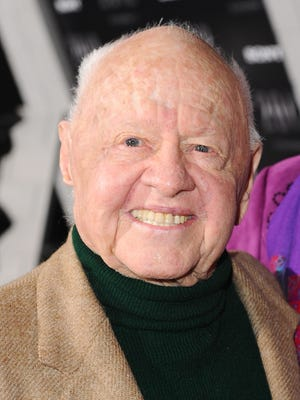 """Actor Mickey Rooney arrives at the premiere of Columbia Pictures' """"2012"""" at the Regal Cinemas LA live on November 3, 2009 in Los Angeles, California."""