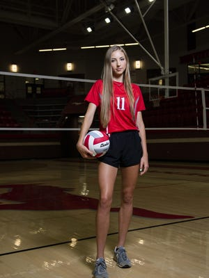 Denver City senior middle blocker Lexi Ivy is the 2020 Lone Star Varsity Preseason Volleyball Player of the Year. As a junior,  Ivy recorded 554 kills, 493 digs and 98 blocks en route to garnering District 2-3A Offensive MVP honors.