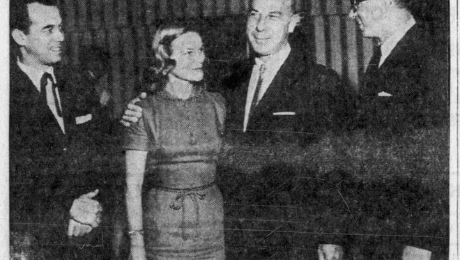 Sportscaster Bill Stern appearing in the pages of the News-Press on April 25, 1960.