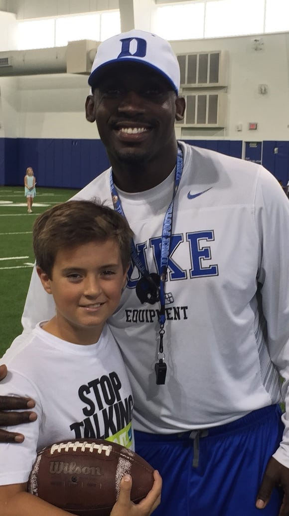 Miller Waid takes picture with Duke offensive coordinator
