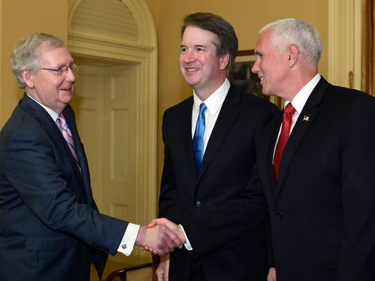 Senate Majority Leader Mitch McConnell of Ky., left,