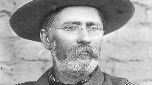 John Lorenzo Hubbell started his first trading post in 1878, eventually creating a trading-post empire of 30 in Arizona, New Mexico and Cali fornia as well as owning ranches and freight lines.
