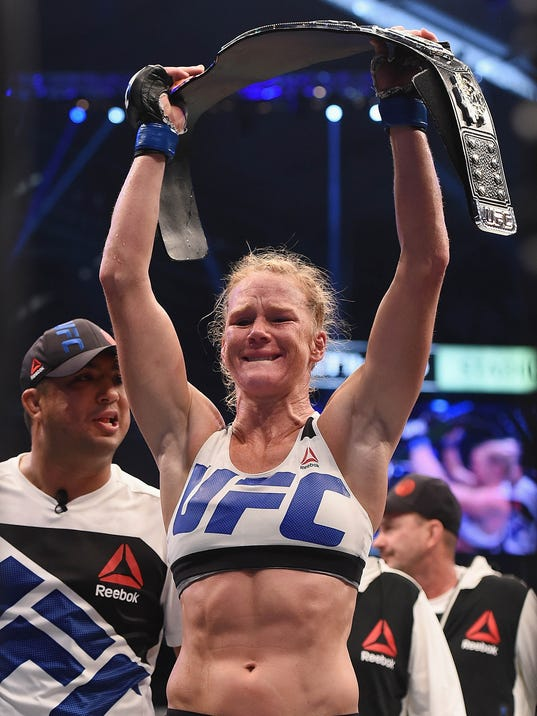 2015-11-16-holly-holm