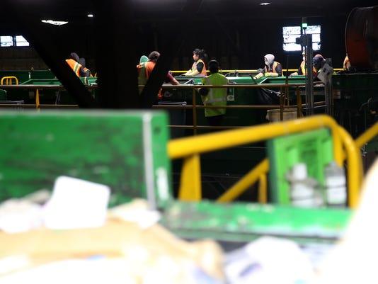 636512790310645747-180111-GartenRecycling-ar-08.JPG