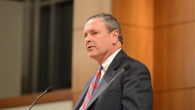 Metro Council members want Gov. Bill Haslam to appoint a special prosecutor to investigate allegations against Nashville District Attorney Glenn Funk.
