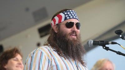 """Duck Dynasty"" star Willie Robertson has endorsed Republican U.S. Sen. David Vitter for governor."