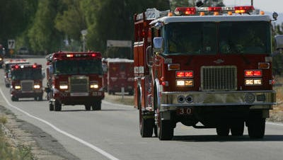 Cal Fire crews are on the scene of a mobile home fire in Desert Hot Springs.
