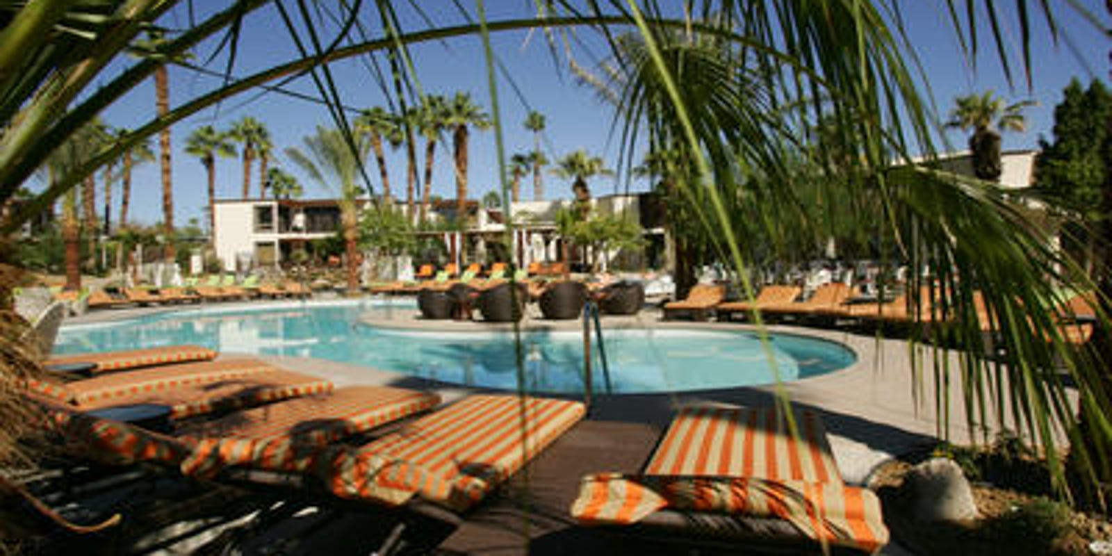 Palm Springs Margaritaville resort? Riviera hotel is being transformed to reopen fall 2020