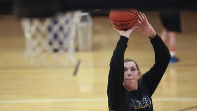 Former St. Clair High School and St. Clair County Community College graduate Rachel Kehoe will soon begin a professional basketball career in Barcelona, Spain.