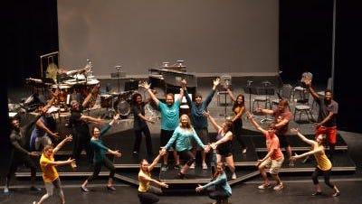 'Showbiz Harmony' cast in rehearsal