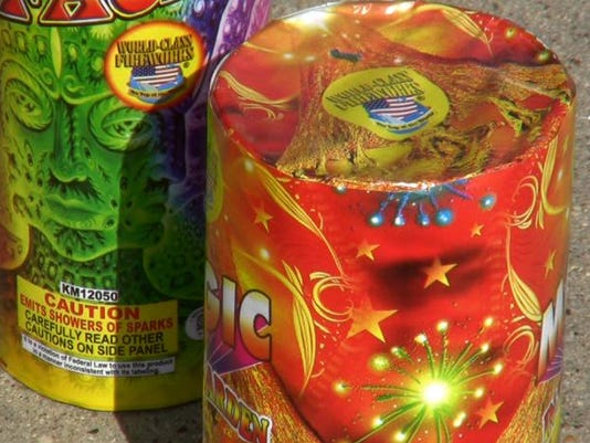GPG 0702 Fireworks closeup