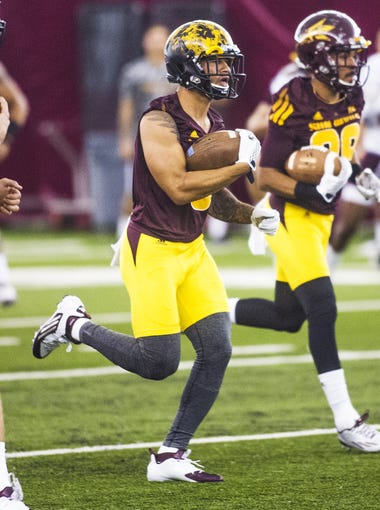 31 FBS teams have multiple former Arizona high school football players on their roster for the 2015 season. Arizona and ASU easily lead the pack, but which other college football teams have at least two former players on the roster? We break it down.