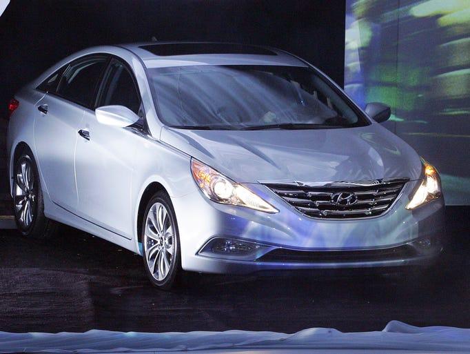 In 20th place, Hyundai Sonata