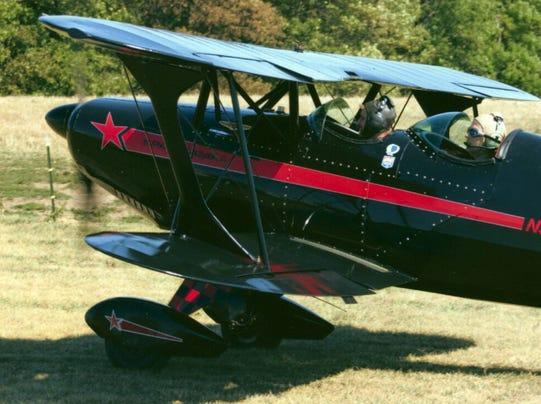 small.planes2.jpg