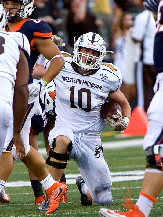 NCAA Football: Western Michigan at Illinois