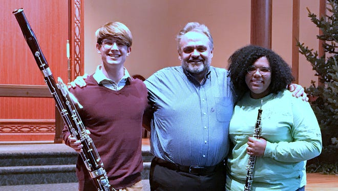 Opera singer and Elmira native Todd Thomas, joined by bassoonist James Parker and oboe player Maeve Roman, will perform a benefit concert Friday at Park Church.